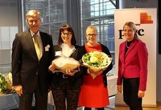 Kuvassa raadin puheenjohtaja Matti Honkala, hänestä vasemmalla Tuula Putkinen ja Maija Salmiovirta säätiöstä sekä Merja Lindh PwC:stä.